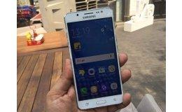 Как угодить всем? Samsung J5 — «народный» телефон на все случаи жизни